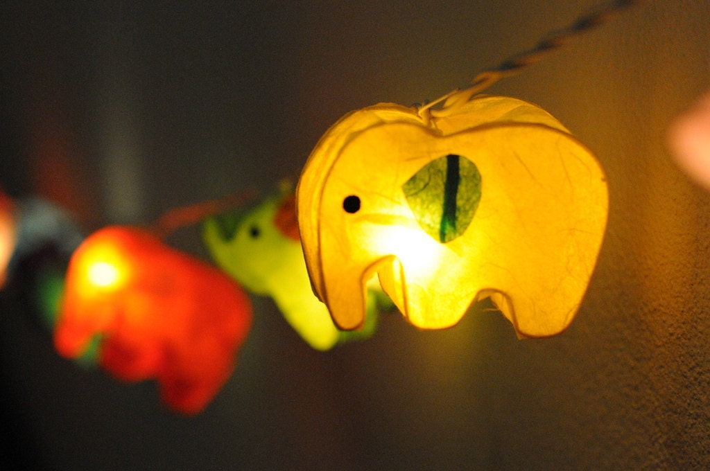 Zoo String Lights : 20xhandmade Elephant zoo animal plant paper by cottonlight