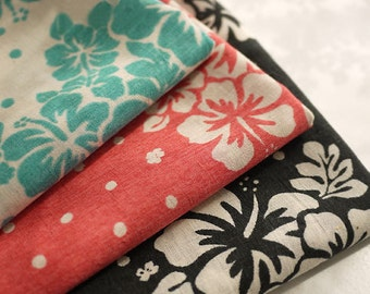 Japanese Large Flower Cotton Fabric Cloth - Green Red Black Flower On Natural White Cotton Shabby Chic Cotton Fabric 1/2 Yard
