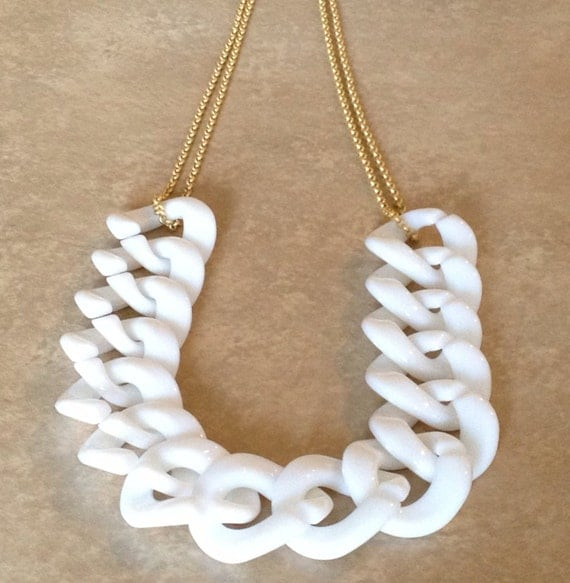 acrylic chain link necklace white chunky by annapolitanjewelry