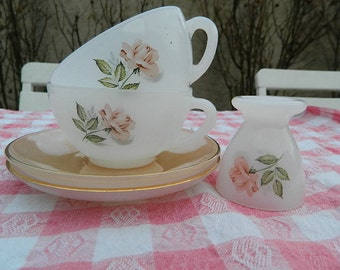 """1950 Vintage french """"Two cups and saucers and egg"""""""