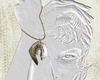 Bronz necklace