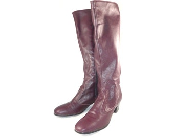 Burgundy leather soft knee-high / tall boots - riding / fashion, low heel, 7 M flexible calf, side zip