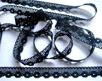 "Crochet Floral Lace Trim, Black, 1/2"" inch wide, 1 Yard, For Scrapbook, Mixed Media, Apparel, Home Decor, Accessories"