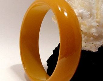 Butterscotch Bakelite Bangle Bracelet