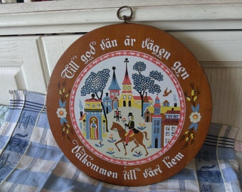 Norwegien Wall Hanging The Way to A Good friend is a Short Welcome to Our Home/:) /Use Coupon Code CLEARINGOUT25 .Must Be used at check out