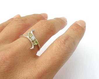 Natural Gemstone Peridot 3mm Faceted - Faceted 3mm Cubic Zirconia - 925 Sterling Silver Ring