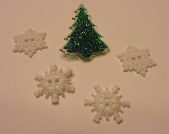 5 piece tree and snowflake button set , 18-29 mm (8)