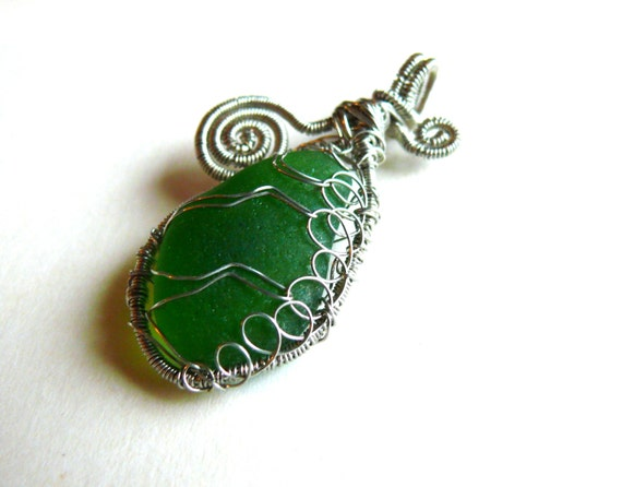 Emerald sea glass pendant, wire wrapped silver, beach glass pendant, Birthday gift, genuine sea glass, gift idea, silver copper wire