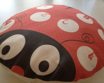 Ladybird Cushion. Ladybird counting cushion. Pre-school. 10 Spots with numbers 1 to 10.
