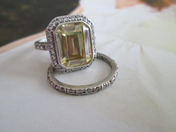 Items Similar To SOLD Engagement Ring Vintage Canary Emerald Wedding Set On
