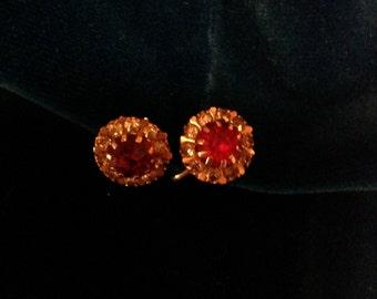 Retro Ruby like screw back earrings