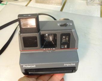 POLAROID  IMPULSE  Flash  Camera  -  Very  Nice  Polaroid  Flash  Camera