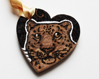 Pyrography Wood Burning - Snow Leopard Token - Wooden Heart Gift
