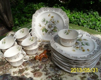 20 Piece-Vintage Porcelain 24K Gold Filigree-Wild Rose-Square Snack Plate/Cups Set-American Retailers Guild-Yellow/White Floral Design