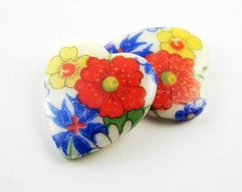Vintage Glass Heart Cabochons Flower Decal Red, White & Blue 18x16mm (2)