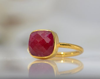 Ruby Ring, July Birthstone Ring, Gemstone Ring, Stacking Ring, Gold Ring, Bezel set ring, Cushion Cut Ring, ruby jewelry
