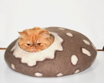 SIZE L Cat Bed Felted cat bed, cat cave , pets house brown