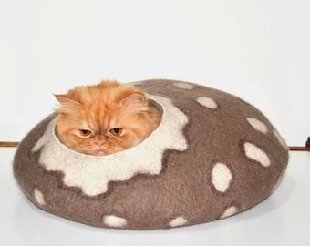 Cat Bed, Cat House, Cat furniture, Cat Cave, Pet Bed, Pet House, Pet Bedding, Puppy Bed, Dog Bed, Dog Furniture