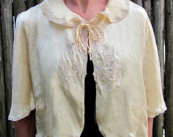 Vintage 1930s SIlk BED JACKET - butter yellow