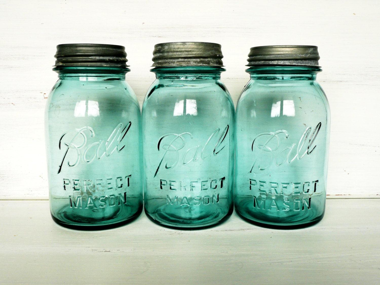 quart size blue ball mason jars vintage and natural by beachblues. Black Bedroom Furniture Sets. Home Design Ideas