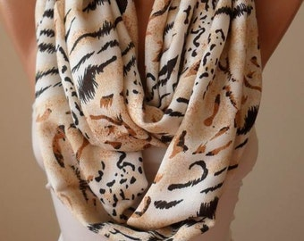 Gift for her Leopard Soft Cotton Infinity Scarf Gift for Women Christmas Gift Fall Winter Scarf Fashion Gifts for Mom Wife Grandmother Teen