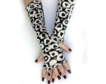 Black and White Rings fingerless gloves, arm warmers, mittens - Steampunk Noir Gothic Yoga Lolita Goth Bohemian Gears Victorian