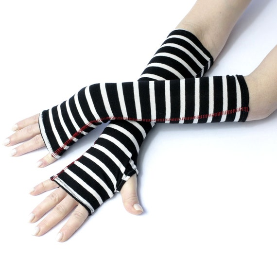 Get a pair of costume gloves to add the finishing touch to your Halloween costume at a discount price. Find cheap costume gloves in black and white. dolcehouse.ml dolcehouse.ml Gifts Gifts for Men Gifts for Women Gifts for Boys. Skeleton Fingerless Gloves. $ ; Pirates of the Caribbean Jack Sparrow Hand Accessory Set. $