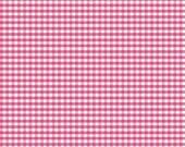 Small Gingham (1/8 inch) Hot Pink Riley Blake Designs Cotton Basics 1 Yard Cut