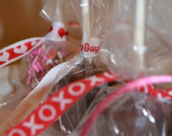 12 Chocolate Covered Valentines Marshmallow Pops