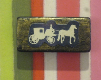 Victorian Horse and Carriage on Gold Bamboo Domino Tile Magnet