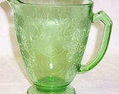 Hazel Atlas Green FLORENTINE Number 1 POPPY Number 1 36 Ounce Footed Water Pitcher