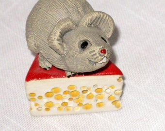 Rinconada Mouse and Cheese AR73 debuted 1978, retired 1999