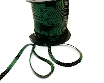 5m of beautiful green sequin trim metallic