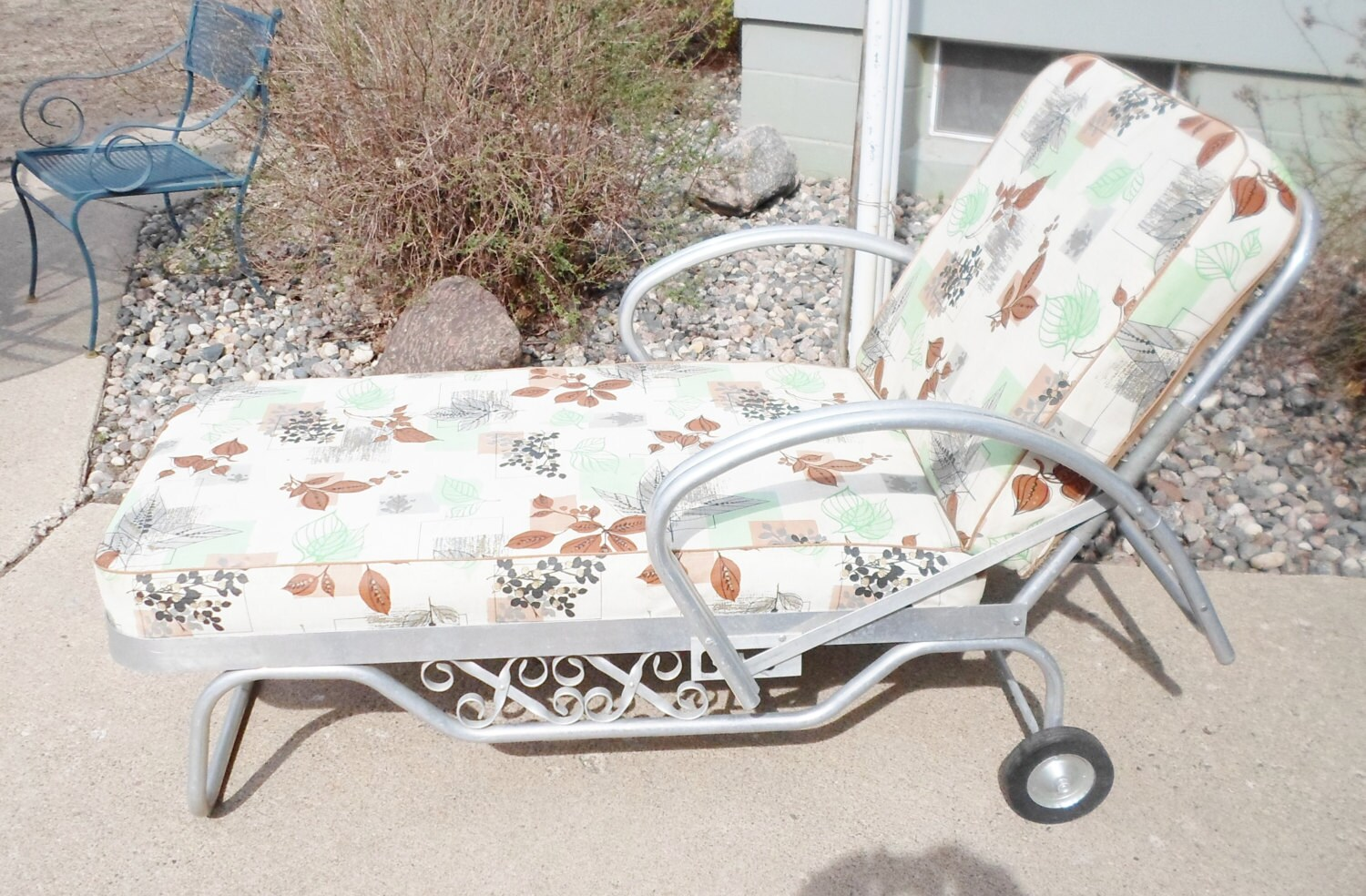 Vintage Mid Century Chaise Lounge Chair For The Patio Garden