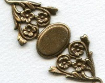 1 Floral Bracelet Conector Base - Oxidized Brass  - 69x28mm - 19x13mm Center Piece