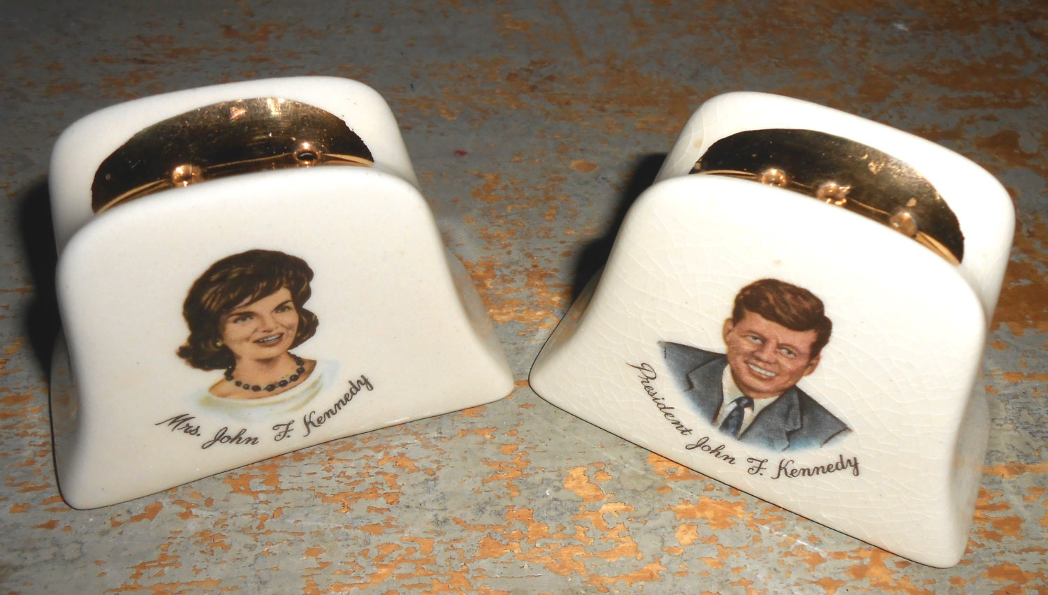 Vintage Salt Amp Pepper Shakers Mr And Mrs Kennedy White