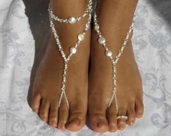 Foot Jewelry Pearl Swarovski Element Barefoot sandals Wedding Jewelry Destination Wedding White Wedding Ankle Jewelry