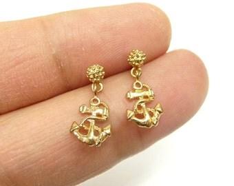 A dangle anchor mini earrings, a nautical jewelry