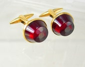 Unusual blood red stone taillight cufflinks Vintage  unsigned hickok gold sweetheart distinctive