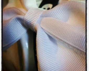 Bow Basics: Snow White Solid White Grossgrain Hair Bow