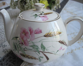 Alfred Meakin Flowers, Wheat and Gilt Edge Teapot