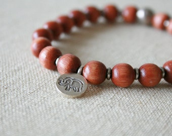 Maple elephant bracelet //