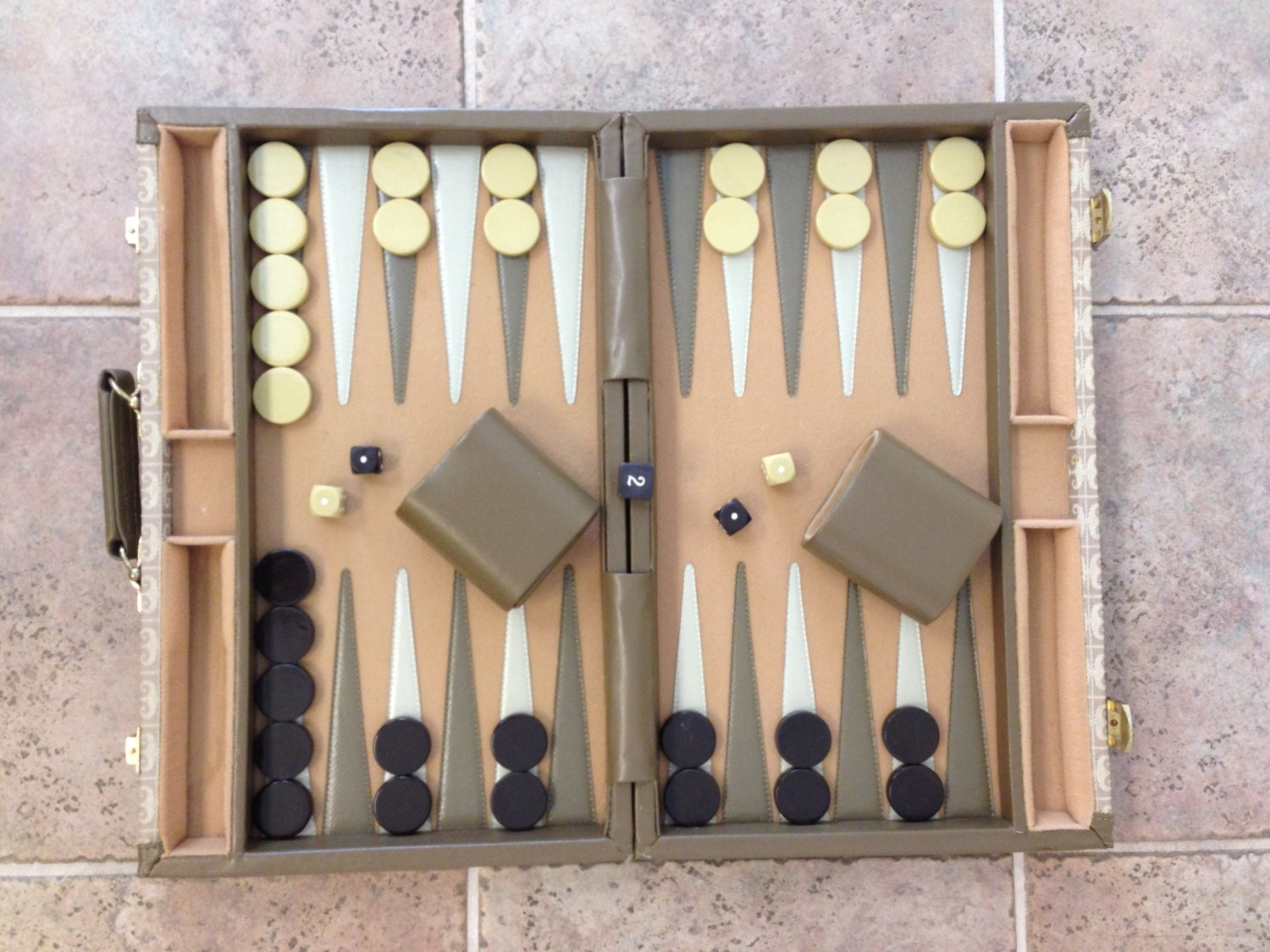 It's just a graphic of Crush Printable Backgammon Board