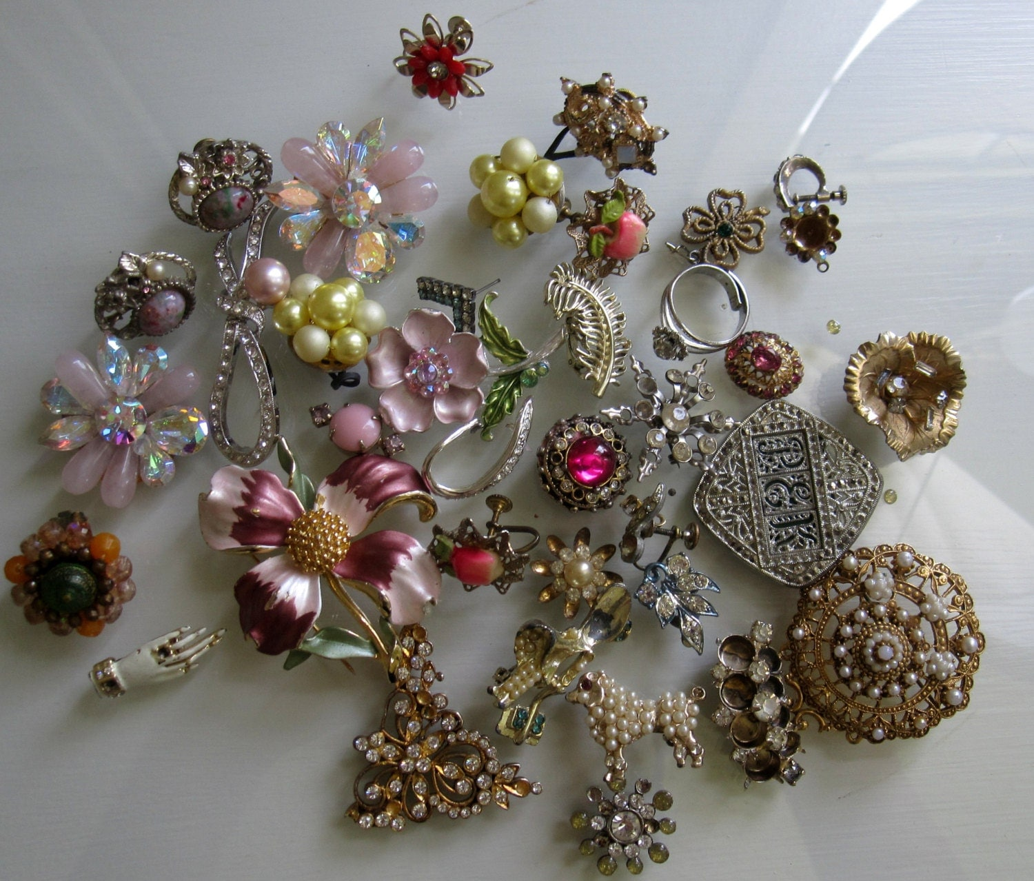 lot vintage costume jewelry floral brooches and earrings for