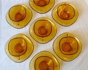 Vereco coffee set of cups and saucers, 6 piece, square amber glass