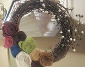 14 Inch Grapevine Spring / Summer / All Year Felt Flower Wreath