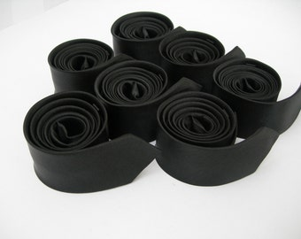 7 Black skinny ties