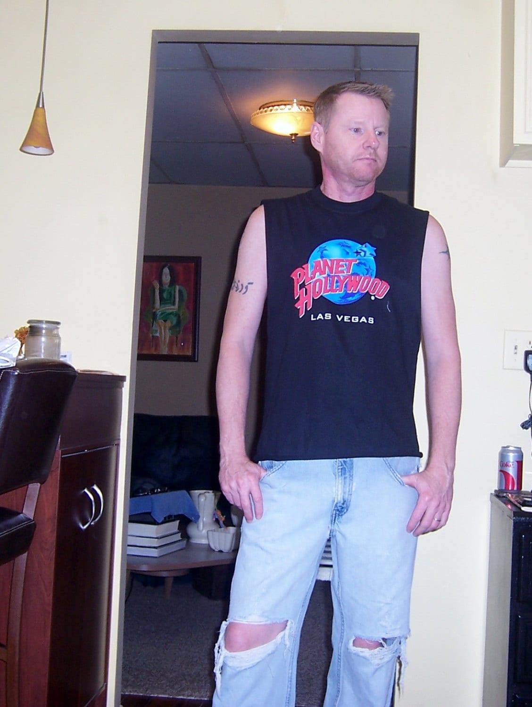 Muscle shirt planet hollywood las vegas cut off t shirt for Planet hollywood t shirt