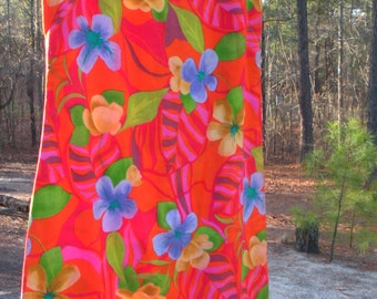 Vintage 1960s Sleeveless Dress Floral Design Tropical Flowers