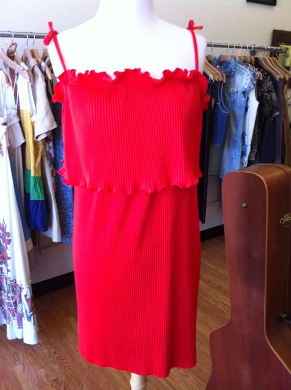vintage red pleated sun dress